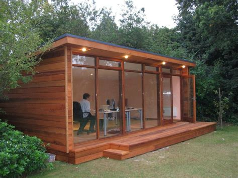 outdoor artistic  lovely wood shed office design