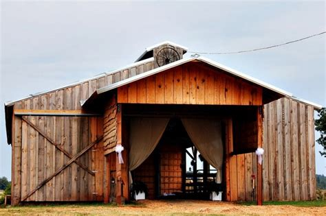 barn wedding venues in south country style barn wedding south carolina real