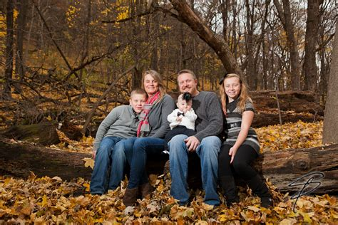 Outdoor Family Portraits by Shannon Porter Photography Wedding Portrait Winona