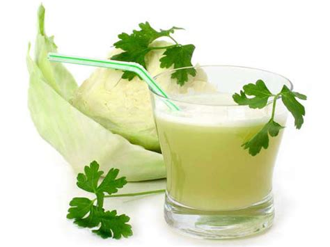 Cabbage Juice Detox Diet by This Cabbage And Juice Helps Lose Weight Cleanses