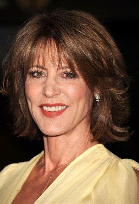 hair uts for women 50 shoulder length shoulder length hairstyles for women over 50 elle hairstyles
