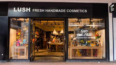 Handmade Shops - image gallery lush shop 1995