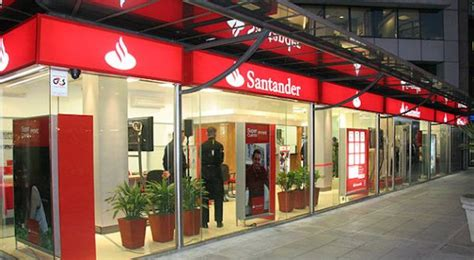 santander consumer oficinas are banks making smart investments in customer acquisition