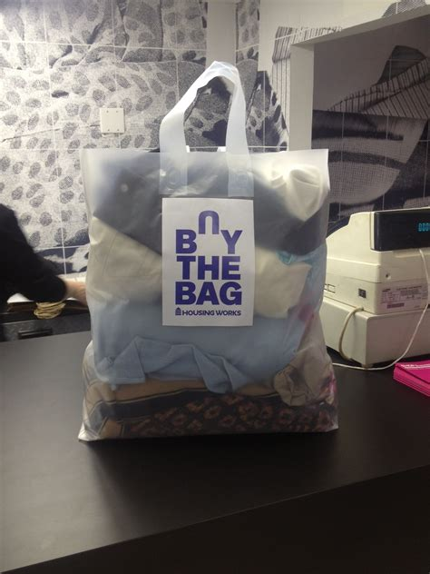 housing works buy the bag tips for shopping housing works buy the bag in brooklyn looking fly on a dime