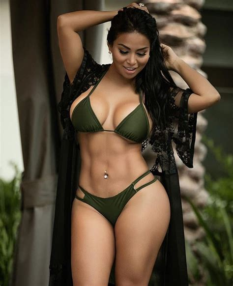 dolly castro big booty nicaraguan fitness model dolly castro photos college football roundup si com