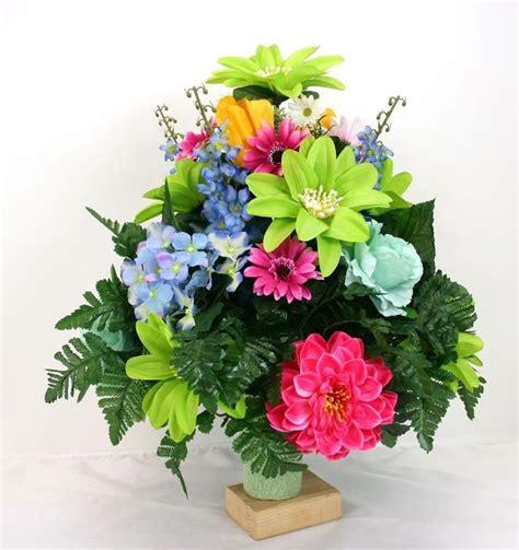 silk flowers for cemetery vases best 25 cemetery flowers ideas on diy flower arrangement for cemetery grave