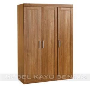 Lemari Pakaian Warna Kopi lemari pakaian 3 pintu kayu jati model minimalis juanda mebel kayu bening furniture jati