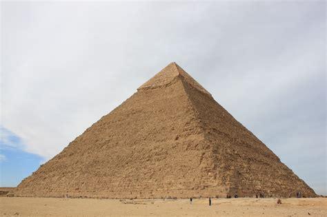 interno di una piramide piramide di chefren