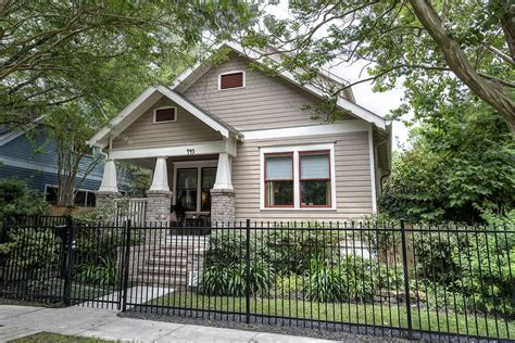 craftsman style homes on the market in houston
