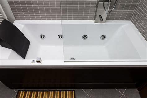 baignoire sabot definition baignoire baln 233 o prix et mod 232 les ooreka