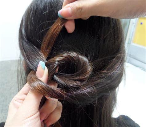 Etude Silk Scarf Hair Mist etude house silk scarf moist hair mist hairstyle tutorial