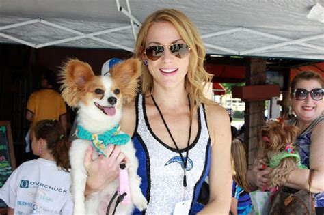 puppy adoption orlando cause 4 paws pet rescue pub crawl in orlando orlando sentinel