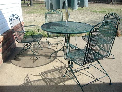 Vintage Wrought Iron Patio Furniture Cushions Green Wrought Iron Patio Furniture