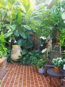 Small Garden Plant Ideas 8 Ways To Make A Small Garden Look Big