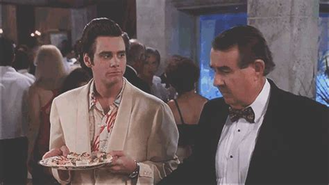 Ace Ventura Bathroom Gif Jim Carrey Gif Find On Giphy