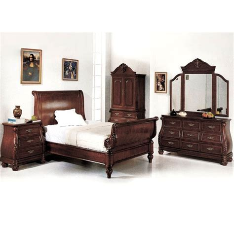 cherry wood bedroom set sierra cherry wood bedroom set with carved accents dcg