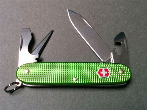 green swiss army knife vicfan about victorinox swiss army knives