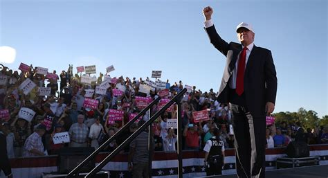 where does donald trump live in florida trump plans 7 city fla tour as clinton busts out bubba