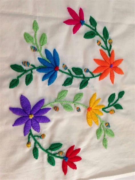 imagenes de flores bordadas a mano 832 mejores im 225 genes sobre bordados en pinterest
