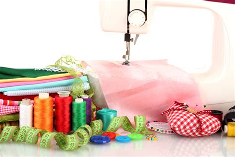 sewing machine magic make the most of your machine demystify presser and other accessories tips and tricks for smooth sewing 10 easy creative projects books banking up on sewing skills for the beginner craft everyday
