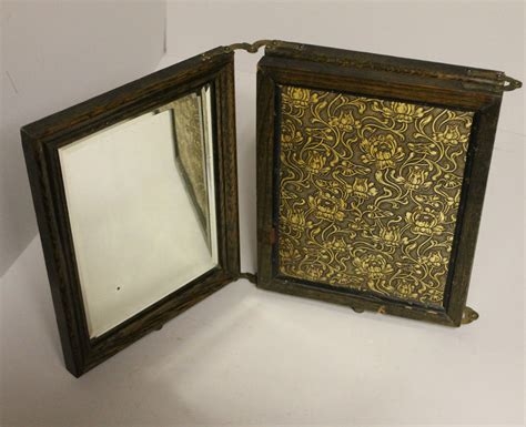 Tri Fold Dresser Mirror by Bargain S Antiques 187 Archive Antique Tri Fold