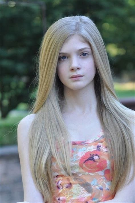 How To Write A Best Resume by Pictures Amp Photos Of Elena Kampouris Imdb