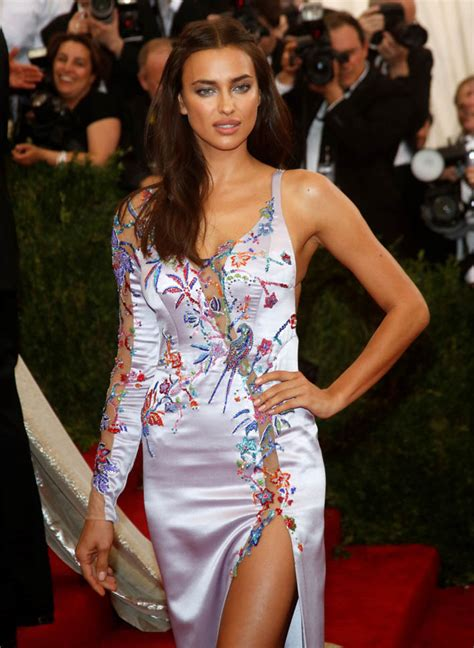 bradley cooper and irina shayk make out at met gala after