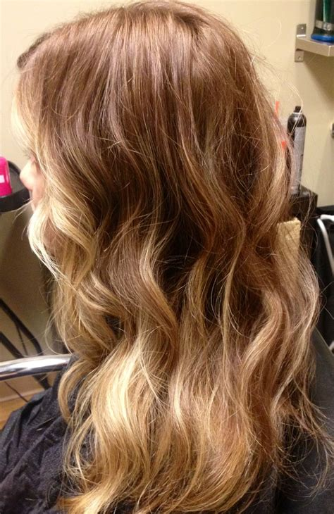 honey blonde with highlights and lowlights pin honey blonde highlights add depth and a touch of