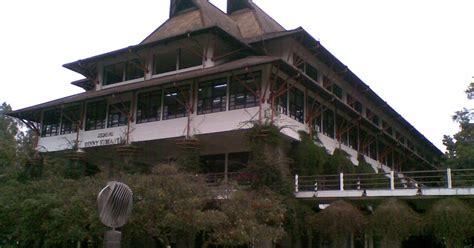 Runtuhnya Hindia Belanda Onghokham Murah gaya arsitektur peninggalan hindia belanda jasa desain gambar rumah minimalis murah