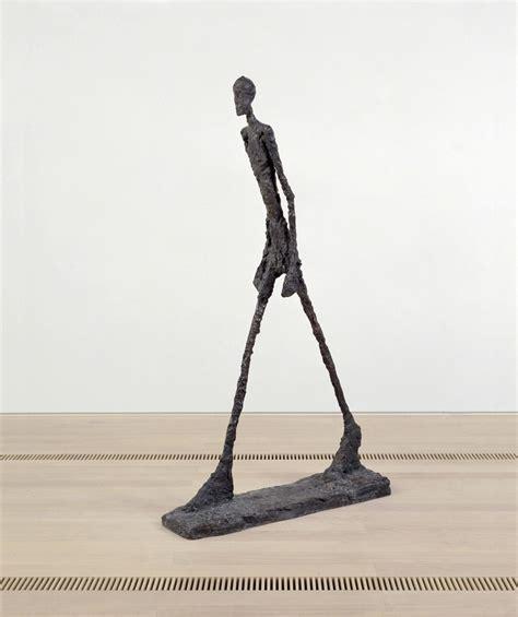 moderne figuren alberto giacometti l homme qui marche ii 1960 artsy