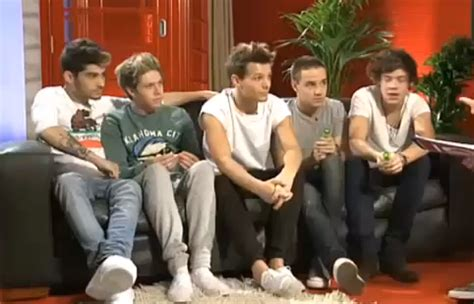 one direction sofa 1d sofas one direction photo 32626735 fanpop