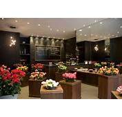 Only Roses Old Brompton Road London  Shopping/Florists