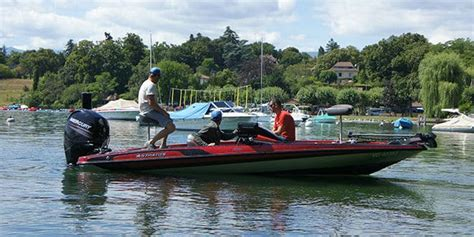 stratos bass boat videos test stratos 189 vlo un bassboat au rapport qualit 233