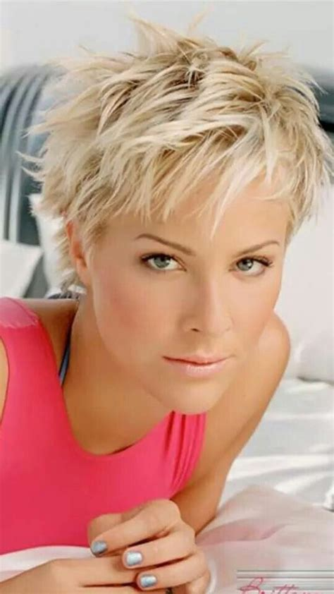 best women s haircuts in dc 1464 best hair styles for short hair images on pinterest