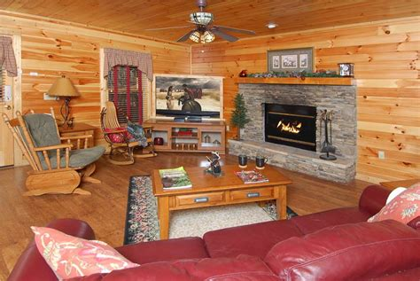 one bedroom cabins in pigeon forge tn sugar shack 1 bedroom cabin rental in pigeon forge tn