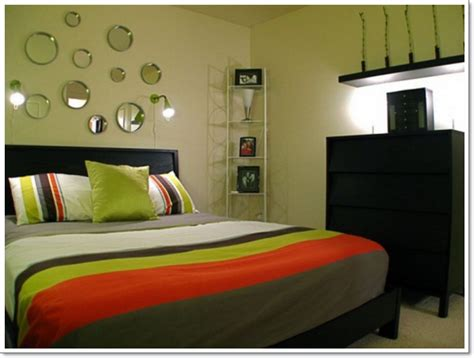how do you decorate a small bedroom 30 interior decorating tricks for small bedroom d 233 cor