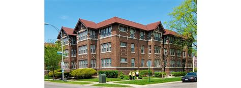 2 bedroom apartments in oak park il 2 bedroom apartments in illinois kitchen faucet to garden
