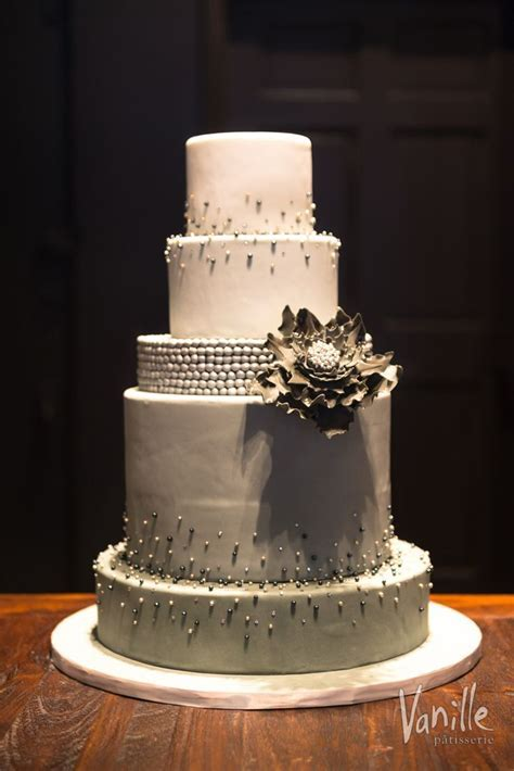 51 best Vanille Chicago Wedding Cakes images on Pinterest