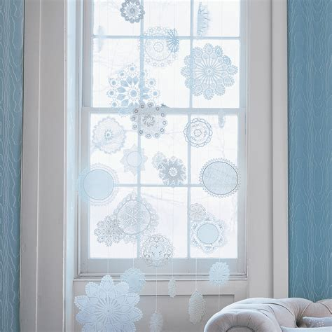 Sr Snow Flakes Dress doily snowflake decorations martha stewart