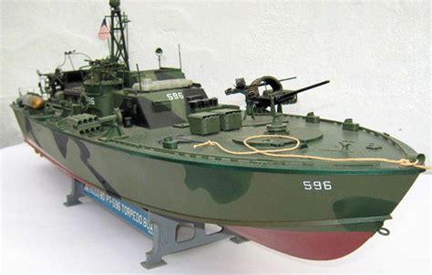 italeri higgins boat italeri 1 35 elco 80 pt boat by richard reynolds