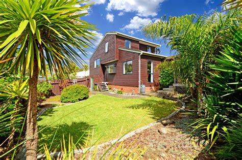 city house real estate 2 12 agincourt street glenfield north shore city 0629 auckland property real estate in new