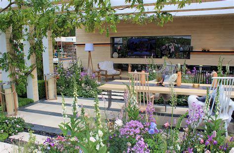 Chelsea Flower Show Gardens Rhs Chelsea Flower Show 2016 The Lg Smart Garden Ced Ltd For All Your