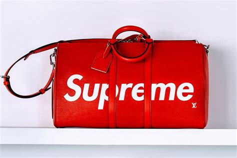 Tas Bag Ransel Lv Semprem louis vuitton teams up with supreme for fall 2017 s bags and accessories that are sure to
