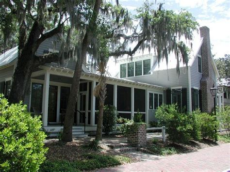 southern low country house plans southern living low country house plans escortsea