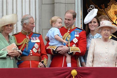 imagenes de la familia real de inglaterra la familia real inglesa hace pi 241 a para celebrar por todo