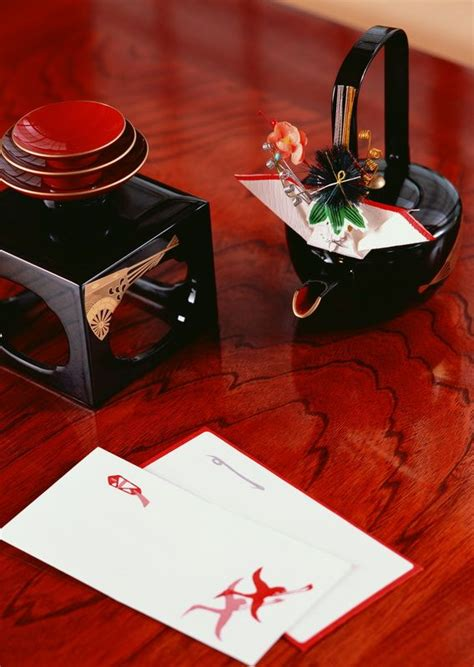 small envelopes for new year お屠蘇とお年玉 otoso a of herb sake and otoshidama a