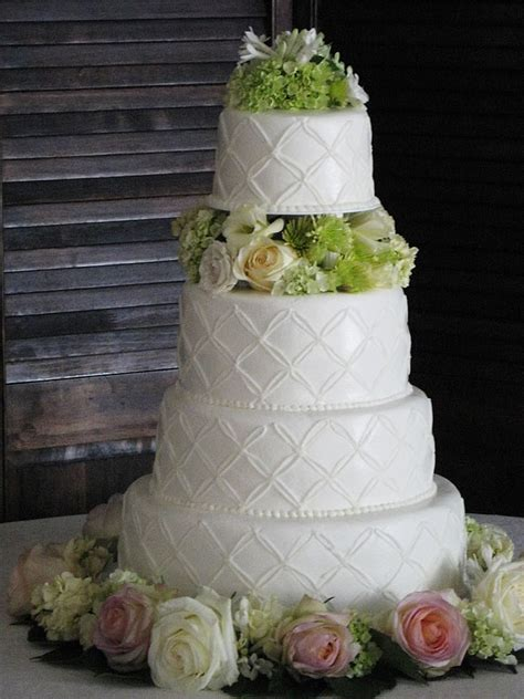 Wedding Cakes Kansas City by Icing On The Cake We Bake To Differ Kansas City Wedding