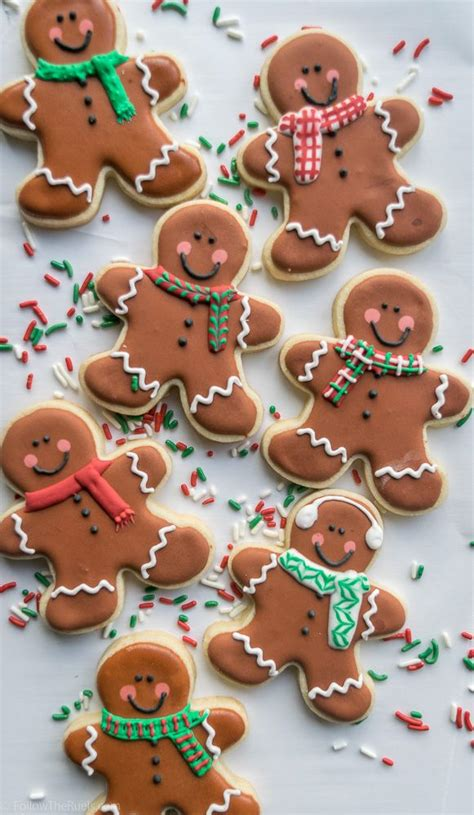 Decorated Gingerbread by Best 25 Gingerbread Cookies Ideas On
