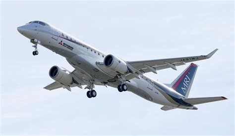 mitsubishi jet mitsubishi jet in 1st flight in step for japan aviation