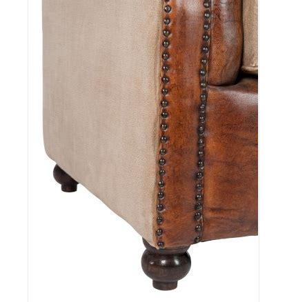 divani in cuoio prezzi divano capitonne cuoio mobili provenzali on line